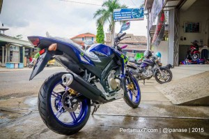 Yamaha New Vixion lighning 2015 beakang